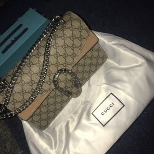 51f2c9abe572 Bags - Gucci Dionysus Medium GG Shoulder Bag